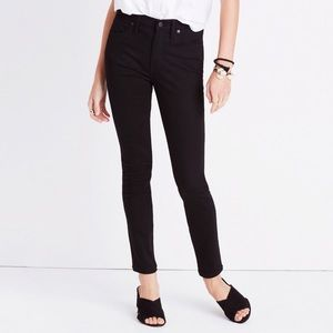 Like new condition Madewell black skinny jeans.